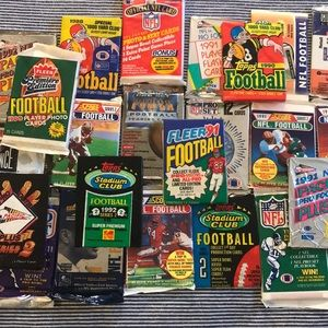 Lot of 26 Different Packs Vintage Football Cards